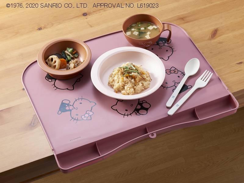 シリコーン製お食事マット(ハローキティ)の画像