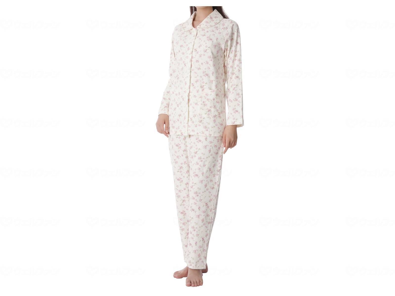 婦人楽らくパジャマ 花柄の画像