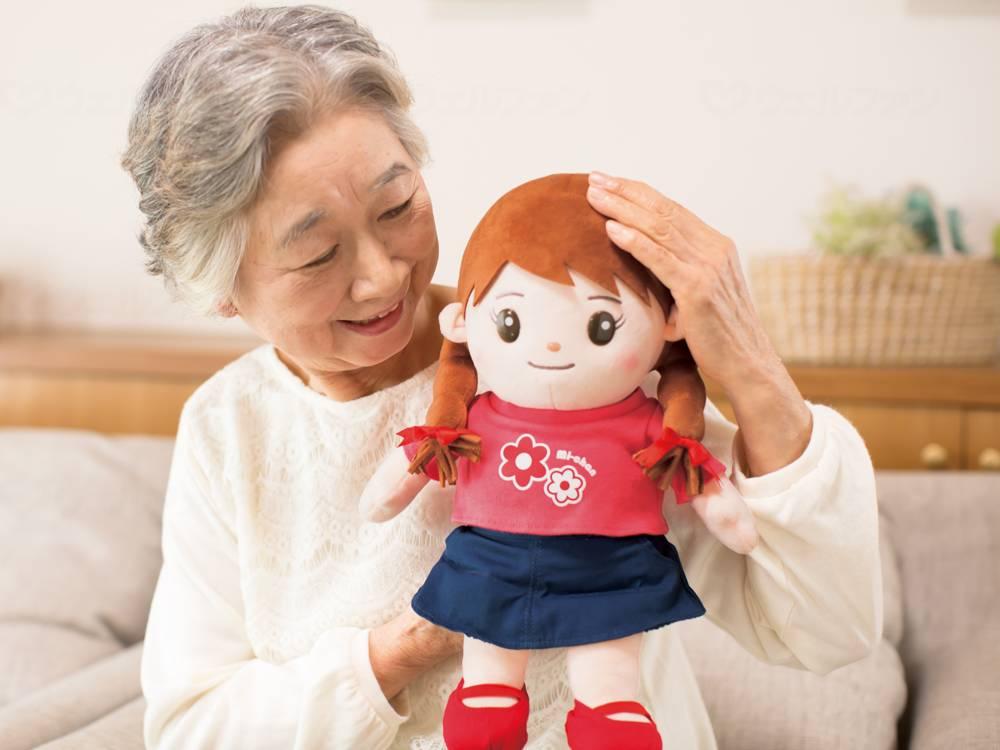 音声認識人形 おしゃべりみーちゃんの画像